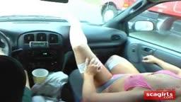 Jordan Faye calentando a los camioneros