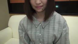 純朴な黒髪美少女18歳 3