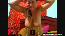 Cam Slave Weight on nipples Peso en los pezones